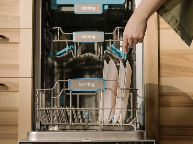 What To Look For In A Dishwasher Repair Service? Some Important Things