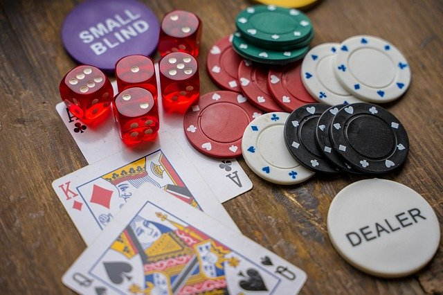 What Are The Tips For Playing And Winning In Online Casino Games?