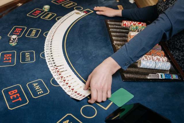Tips to Win at Online Casinos – The Basics