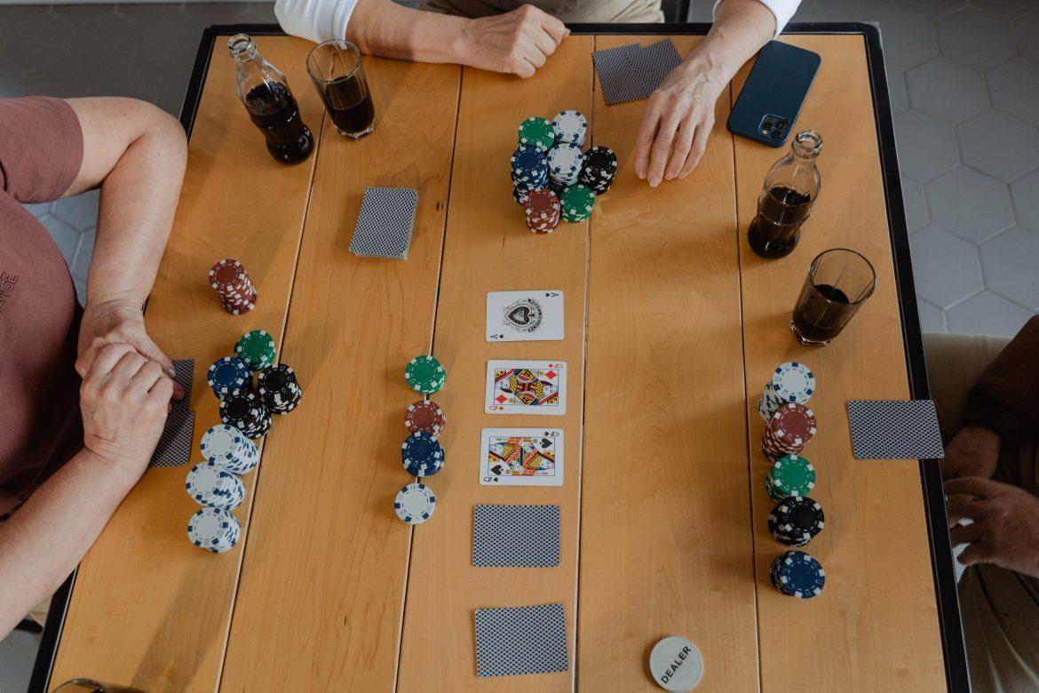 Important Criteria to Consider When Choosing an online casino
